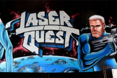 Space_girl_and_Man_Laser_quest_Amiens_Septieme_sens_Amiens_Graffiti_tag
